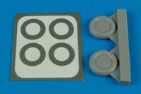 P-40 wheels & paint masks (type B) - Image 1