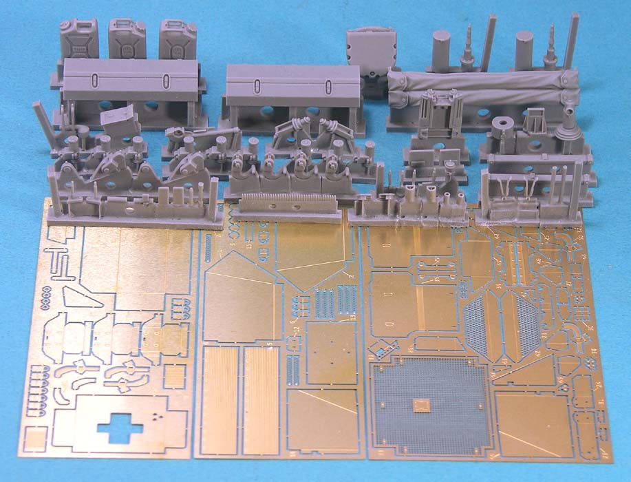 Leopard C2 MEXAS Update/Detailing set (for TAKOM) - Image 1