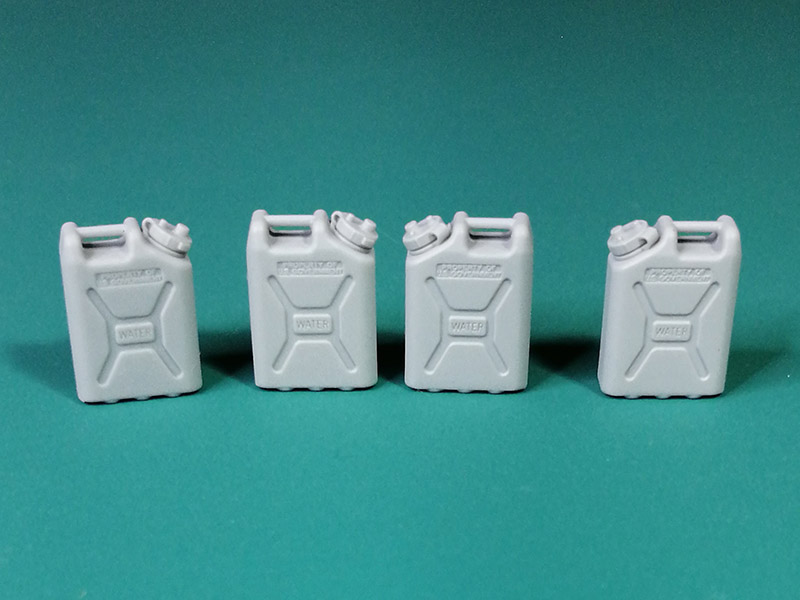 Modern US Army Water Canisters Set #2 - Image 1